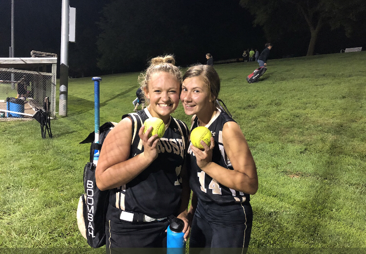 Brooklyn and Lauren all smiles after going yard 👌🏻