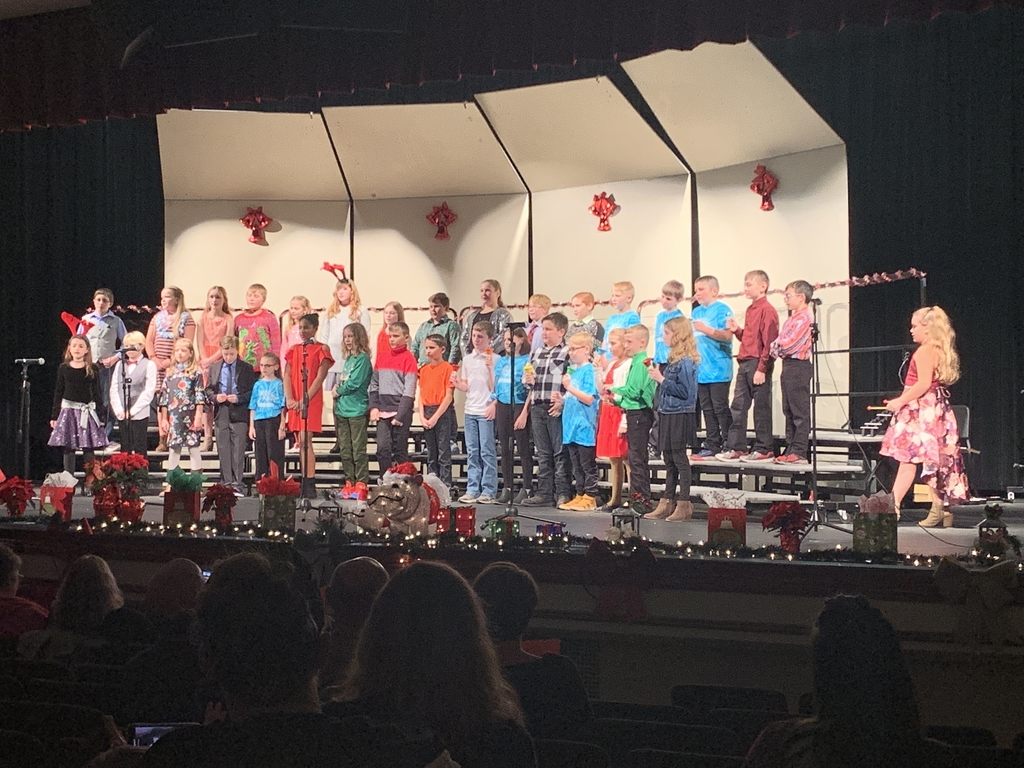Fourth and Fifth grade performers