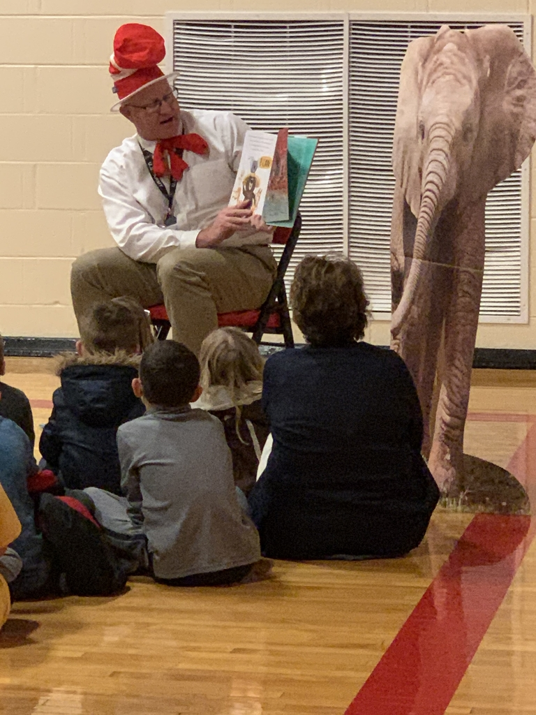 Me. Reiman read to the students